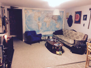 Quiet 2 Bedroom ALL Inclusive in the North End! Peterborough Peterborough Area image 3