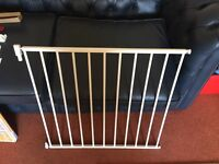 Lindam Baby gate, NEVER BEEN USED