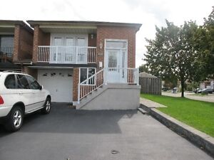 $1800 / 3br -Three Bedrooms Home close to Square One is for rent