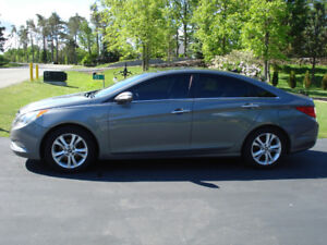 2013 Hyundai Sonata Limited with Navigation/Tech Package