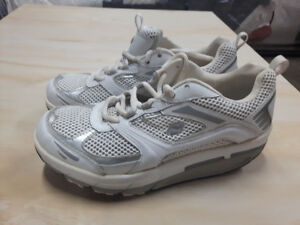 Natural Sport – Running Shoes