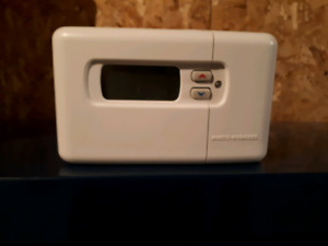 Programmable Thermostat (New)