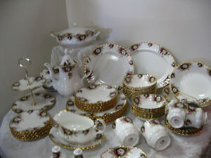 Celebration Royal Albert -- FROM PAST TIMES Antiques & Coll
