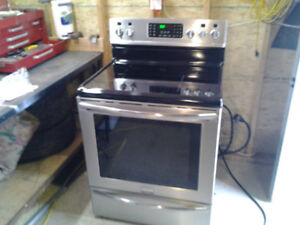Frigidaire Induction, smudge proof stainless steel