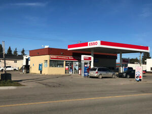 GAS STATION IN DIDSBURY FOR SALE! Land & Building included