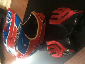 Troy lee helmet and gloves