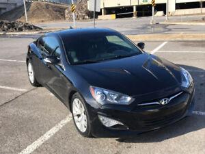 2014 Hyundai Genesis 2.0T Premium - avec cuir, GPS et toit ouv.