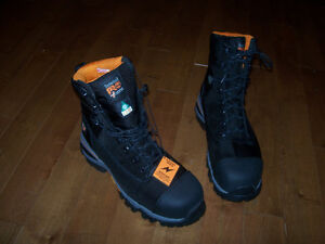 NEW TIMBERLAND PRO WORK BOOTS.