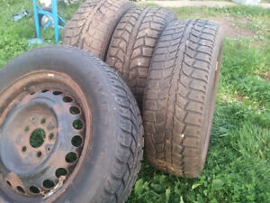 Mud and Snow tires 185/65 R14 5 hole