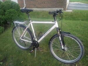 Urbanite Police Mountain Bike - 22 Inch Frame