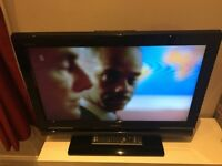 SONY BRAVIA LCD TV KDL-26V4000 26 inch inc freeview