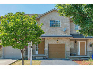 Central Mountain  3 bedrms Townhome avail.1 September