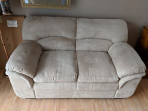 Off-white/Light Tan Microfiber Sofa and Love Seat