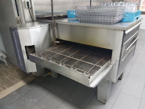 Restaurant Pizza Oven used for only 6 months