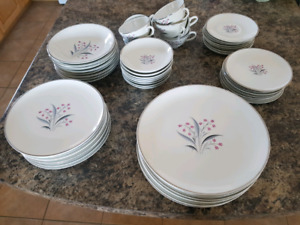 Princess China 7/8 piece set