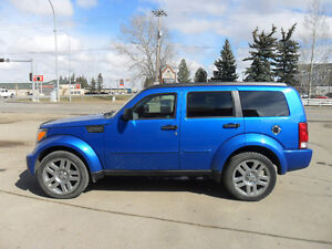 2008 Dodge Nitro SLT *4x4*Sunroof*Tow hitch*CD changer*Pwr. seat