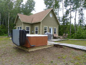 Beautiful chalets rents to Bas St-Laurent, Québec Hot Tube Sauna