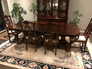 Beautiful 6 Piece Cherrywood Dining Set with Buffet