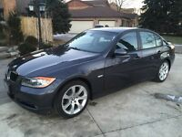 BMW 3828xi . Premium package . Navigation . One owner