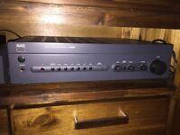 Système audio haute fidélité complet NAD + haut-parleurs PSB