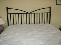 Black Metal Queen Bed