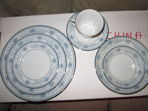 Noritake Blue Hill China Set