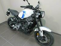 YAMAHA XSR900 BOUNTY WHITE AND BLUE, 70 REG 0 MILES, PRE REGISTERED RETRO BIK...