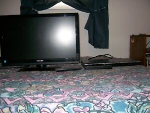 Tv  Dvd Player & 10 Dvd Movie Package          FOR SALE