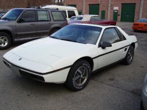 1985 Pontiac Fiero SE - Excellent Condition
