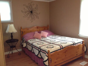 BEDROOM FOR RENT- AVAILABLE JANUARY 1ST 2017
