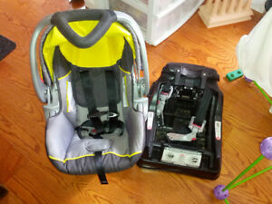 babytrend infant car seat with one base