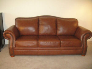 """Extremely Luxury """" Campio """" Leather Sofa Set, Can Deliver"""