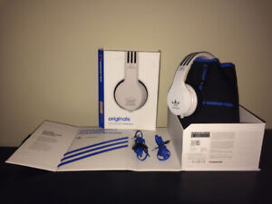 Monster ADIDAS Over Ear Headphones (White)