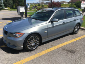 2007 BMW 328xi AWD Wagon - 6-speed manual