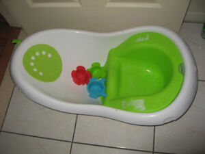 Bathtubs / Bath Seats / Playtex Diaper Genie Elite Pail System