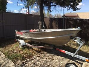 12' Lund Fishing Boat & Honda 9.9 Motor w/ trailer and extras