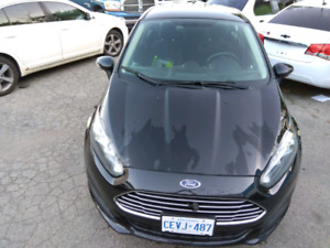 2014 Ford Fiesta SE, only 67km-only$7900-with warranty