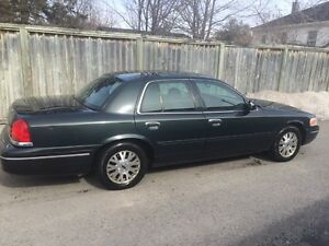 2003 Ford Crown Victoria LX   (E-Tested)