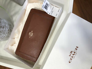 Ladies Coach wallet - brand new, never used