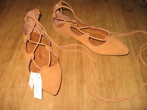 BRAND NEW GENUINE SUEDE LACE-UP FLATS, SIZE 9