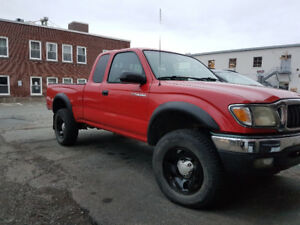 2002 Toyota Tacoma SR5 Coupe (2 door)