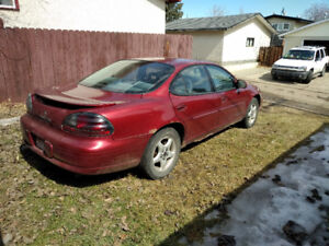 Pontiac - Grand Prix - 2001- Good Condition