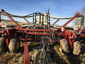 "Seedhawk 42' drill 10"" spacing - Bourgault 5350 cart"
