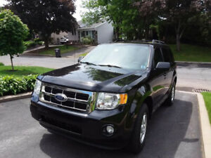 FORD ESCAPE 2011 XLT 138,000KM