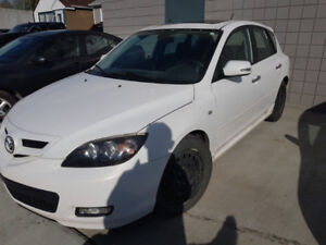 Fully loaded mazda3 2008 181000km New winter tires 2 sets summer