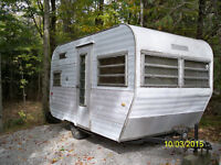 Small Vintage Travel Trailer 14 foot