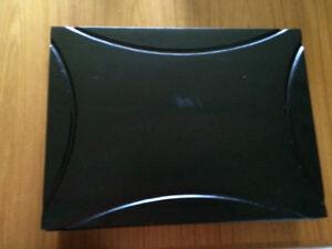Utensils de Yamazaki 65 morceaux pour 12 pers. avec la coffre