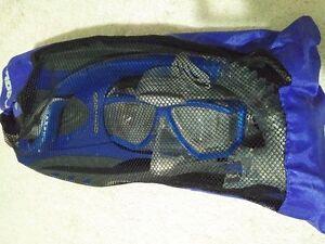 Brand New! SeaDoo Snokel Set (Blue)