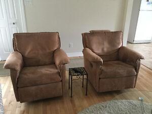 2 merveilleux fauteuils