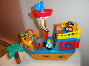 BATEAU DE PIRATES MEGA BLOKS (BRUITS AMUSANTS +++
